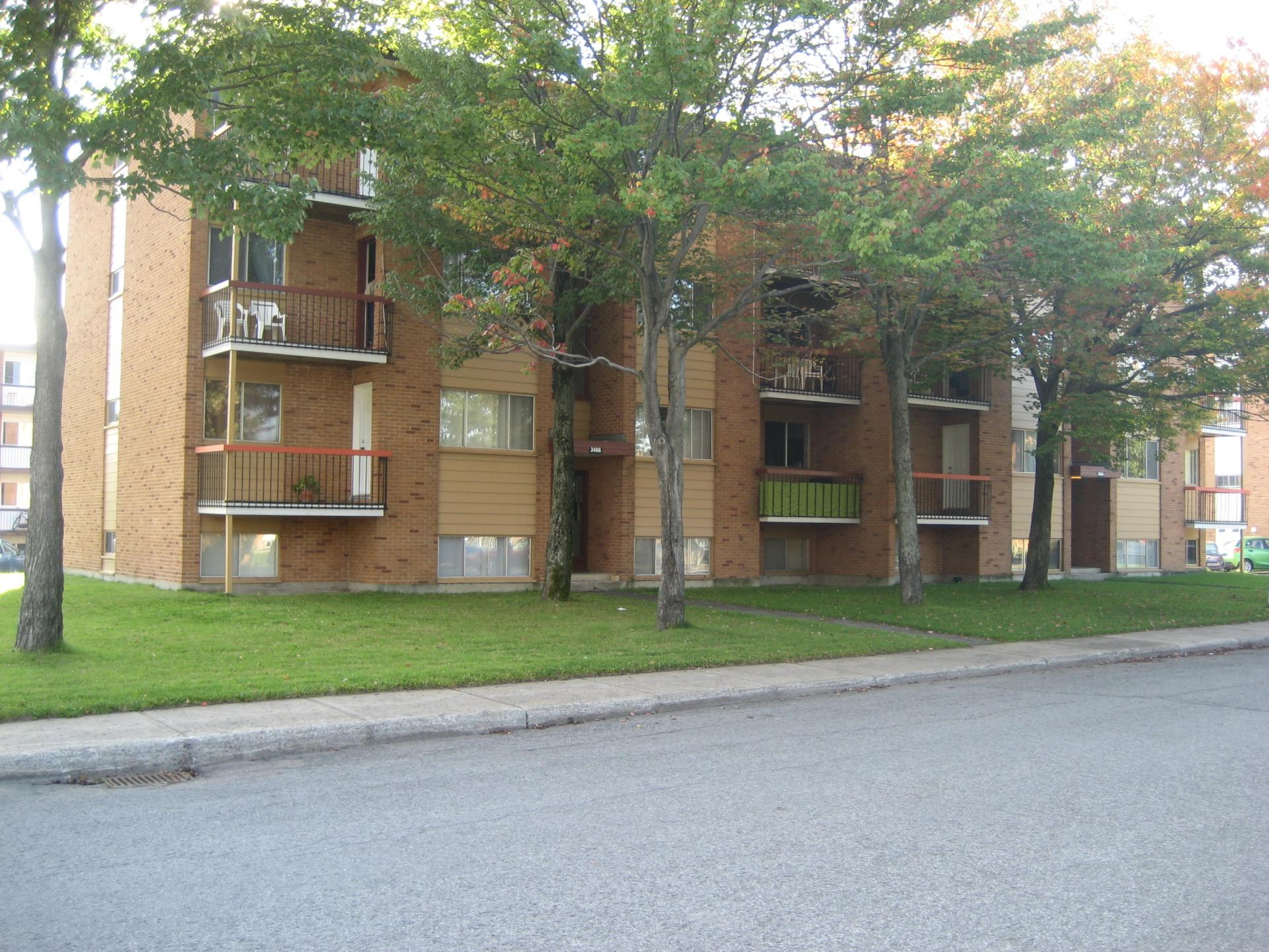 Immeubles ste foy septembre 2011 6